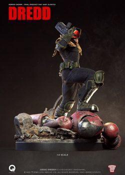 03 — статуя судьи дредда