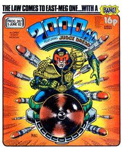 Обложка журнала 2000 ad #0267 с судьёй Дреддом